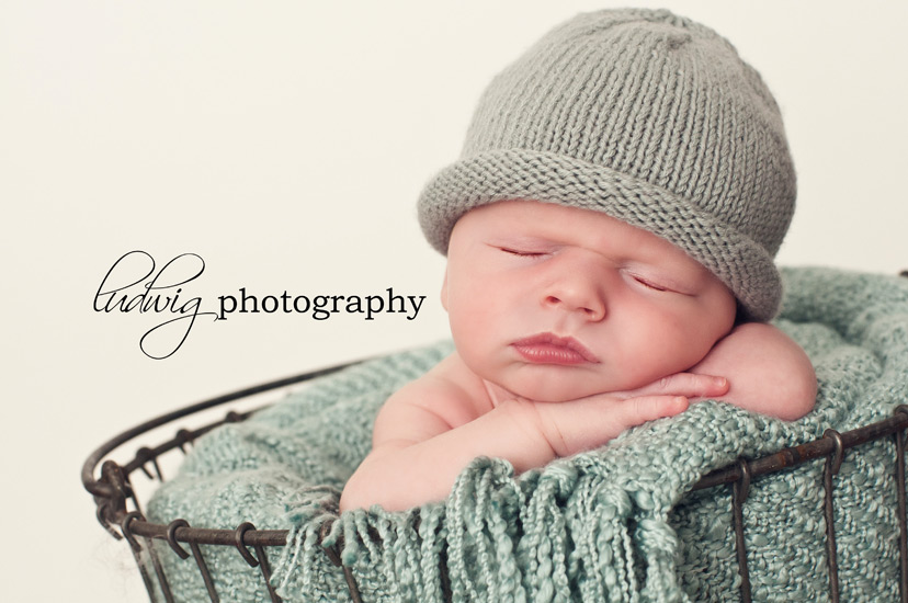newborn baby photography - ri photographer